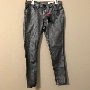 a.n.a. A New Approach Skinny Silver Jeans NWT